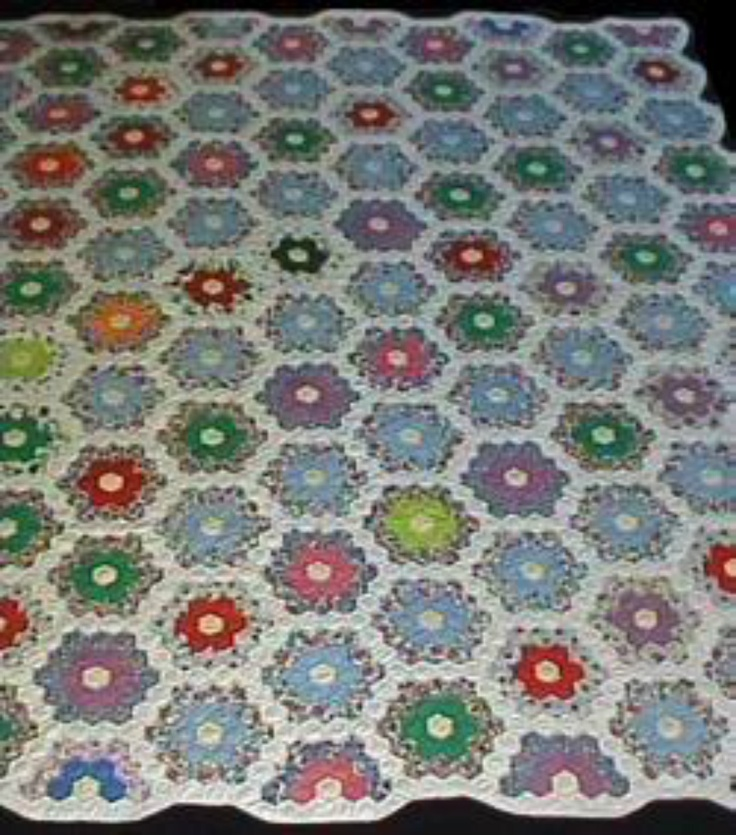 17 best images about grandma 39 s flower garden on pinterest antique quilts grandmothers and vintage for Grandmother flower garden quilt pattern variations