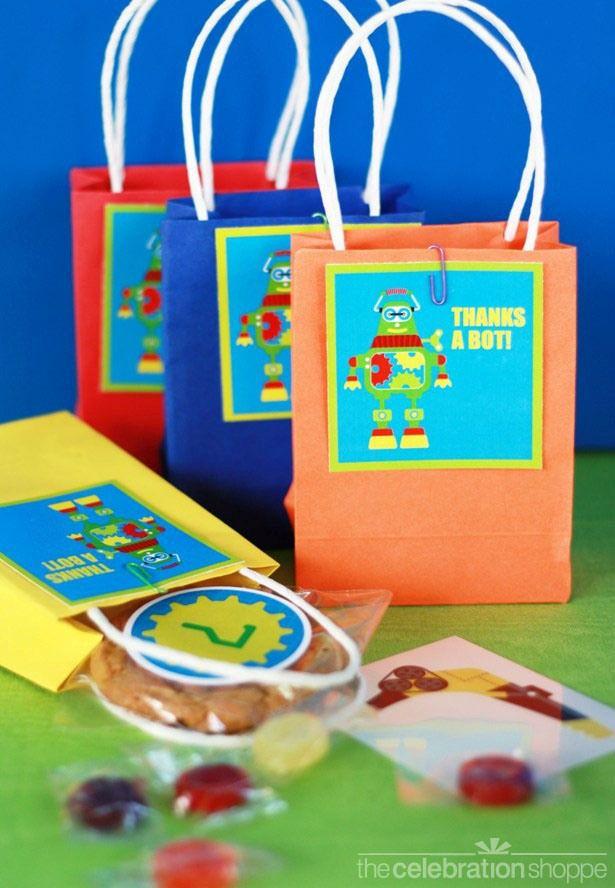 """thanks a bot"": Favor Bags, Gift Bags, Robots Ideas, Gifts Bags, Robots Birthday Parties, Parties Ideas, Robots Parties Bags, Parties Favors Bags, Birthday Ideas"