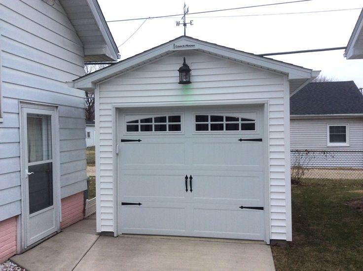 N0123 10′ x 19′ Garage in West Peoria, Illinois