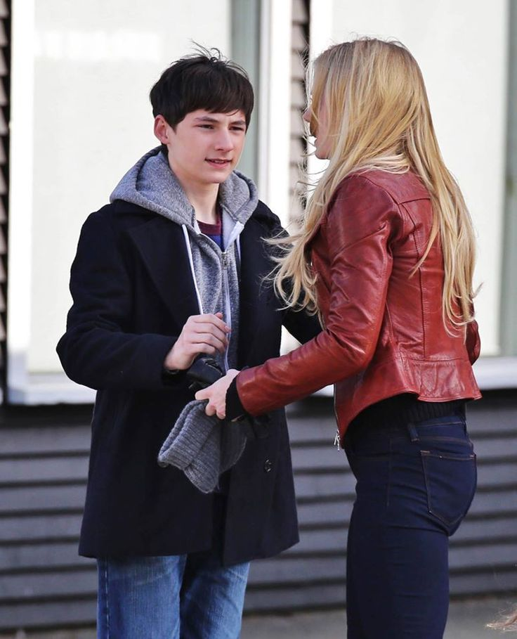 jared gilmore and jennifer morrison behind the scenes