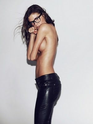.: Hot Girls, Glasses Combos, Glasses Sexy, Start Posts, Woman Nsfw, Leather Pants, Geek Glasses, Blog, Sexy Woman