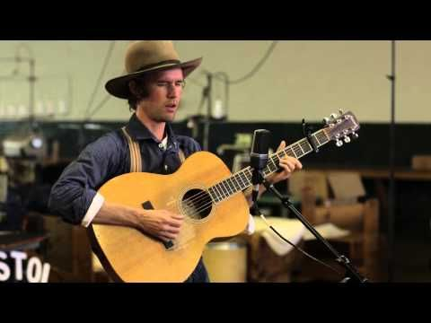 ▶ Willie Watson - Keep It Clean (Live @ 2013 Bristol Rhythm & Roots Reunion) - YouTube   3:30 Country, lots guitar - LOVE guitar! Learn this.