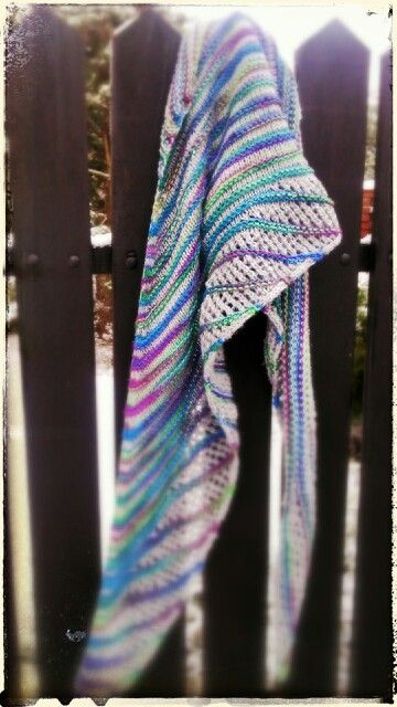 Nymphalidea knitting shawl
