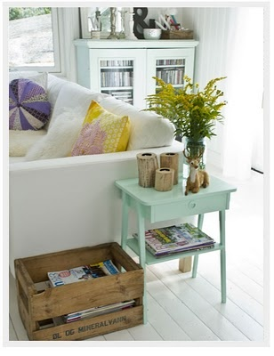 love this side table...gorgeous colour x