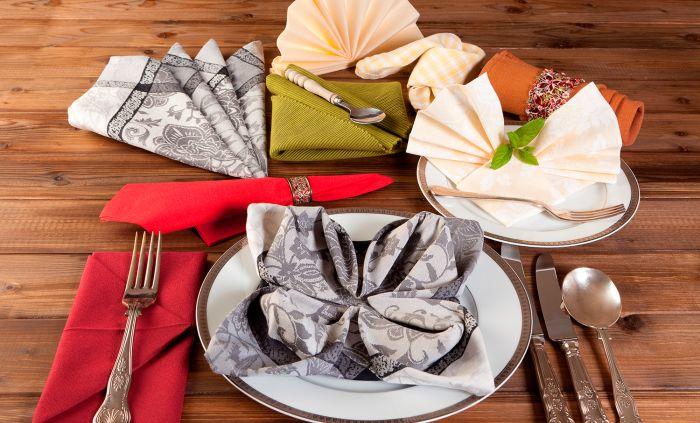 Så viker du julens finaste servetter – 9 tips!