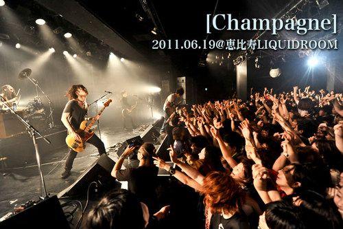 [Champagne]  | Skream! ライヴ・レポート 邦楽ロック・洋楽ロック ポータルサイト