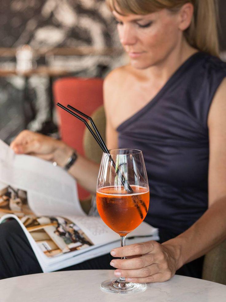 Liebe Amici di SPIGA, bleibt frisch und kühl mit den passenden Drinks für Gross und Klein. Von Italienischen Apéroklassikern bis hin zum leckeren Sprudel stehen euch im SPIGA Ristorante alle opzioni rinfrescanti offen. Alla salute!