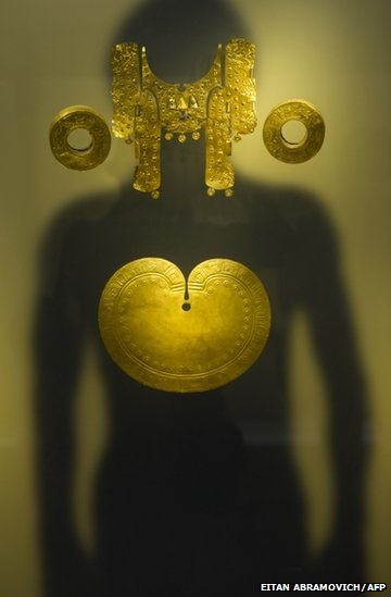 #jewelry #gold    Pre-Hispanic pieces of gold are exhibited at the Gold Museum in Bogota, Colombia