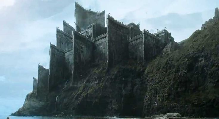 [Spoiler] arrives at Dragonstone in the latest Game of Thrones season 7 pictures from Spain