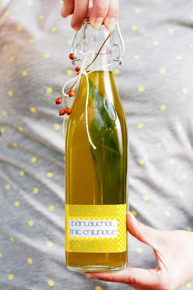 Bärlauchöl mit Chilinote - Fee ist mein Name // Wild garlic chili oil