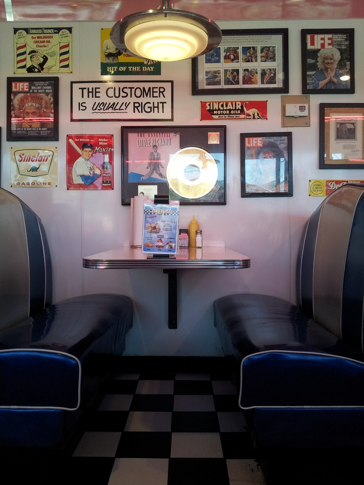 Mel's Diner in Pigeon Forge, TN