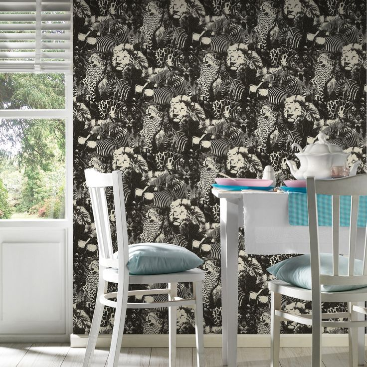 Awsome Jungle themed Wallpaper for any space62433  #junglewallpaper #lionwallpaper #leopardwallcovering
