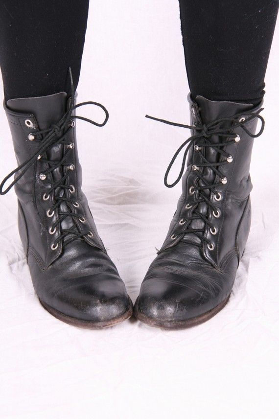 Vintage Justin Lace Up Granny Punk Grunge Combat Military Black Leather  Lace Up Boots sz 9
