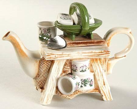 Portmeirion Botanic Garden Mini Figurine Teapot & Lid, Fine China Dinnerware Portmeirion,http://www.amazon.com/dp/B004DZQRSW/ref=cm_sw_r_pi_dp_kibctb0HWGRVGXXR