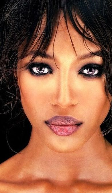 Naomi Campbell...so very beautiful!!!