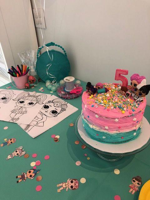 LOL Überraschungspuppe 5. Geburtstag Party Decor von Side by Side Design  – Aubrees 6th Birthday