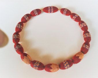 OAAK Beaded Bead Necklace – olive shaped beaded beads red, gold & purple