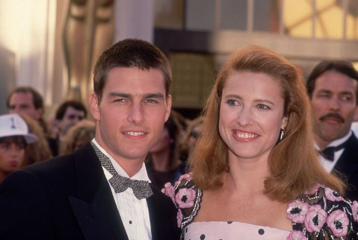 18 Former Couples You Forgot About- Tom Cruise with first wife, Mimi Rogers, 1989...