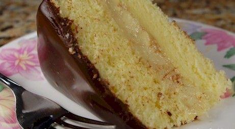 Вкусный бисквитный торт с фруктами