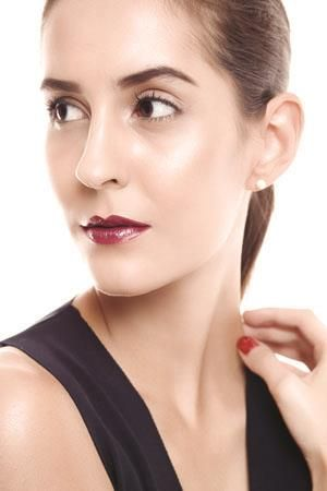 :: Sexy & Romantic with Vampy Lips :: CLEO.co.id! ::