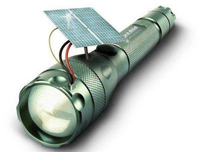 Torcia a pannelli solari