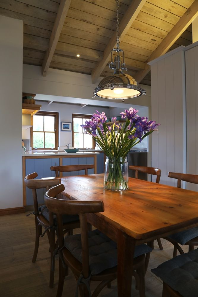 Selsey Cottage: Dining Room FIREFLYvillas, Hermanus, 7200 @fireflyvillas  ,   bookings@fireflyvillas.com,  #SelseyCottage  #FIREFLYvillas #Hermanus