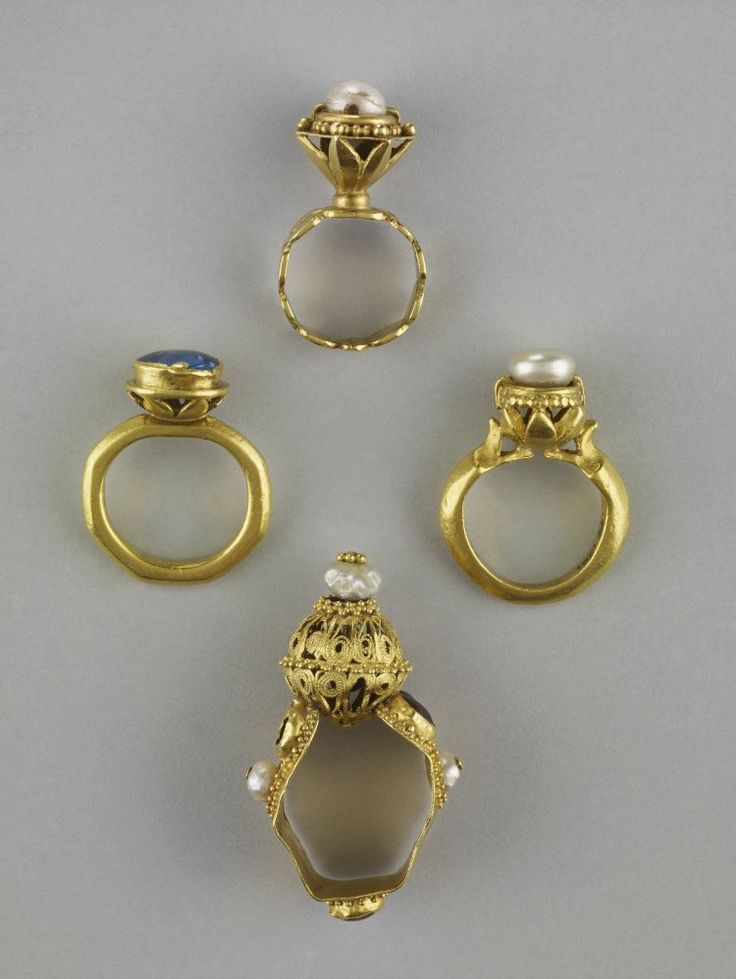 Rings, Chalcis Treasure. 14th century. British Museum