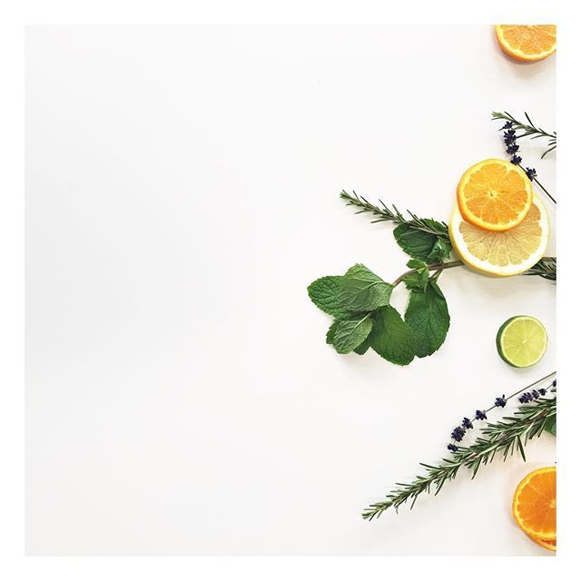 / Au Naturel #bts#artdirection#styling#productstyling#photoshoot#client#newproduct#launch#work#edembadu#design#melbourne#organic#home#flatlay#fresh#fruit#herb#worklife#love#minimal#natural#LoveMyJob#packaging#graphicdesign#branding#resparkle#clean#aunaturel#negativespace