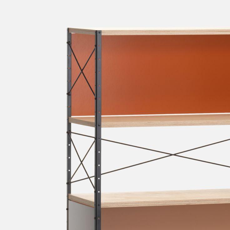 Design kasten  Kasten zijn functioneel, u kunt er namelijk van alles in opbergen en tentoonstellen. Naast het functionele aspect van een kast zijn de design kasten van MisterDesign een absolute toevoeging voor uw interieur. Naast geselecteerde modellen die direct te bestellen zijn kunt u ook kiezen om uw eigen design kast samen te stellen. Zo bepaald u zelf het formaat, het materiaal en het kleurgebruik.  Boekenkasten, wandkasten, dressoirs, opbergkasten en TV meubels: uw designkasten koopt…
