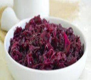 Salada de repolho roxo refogado