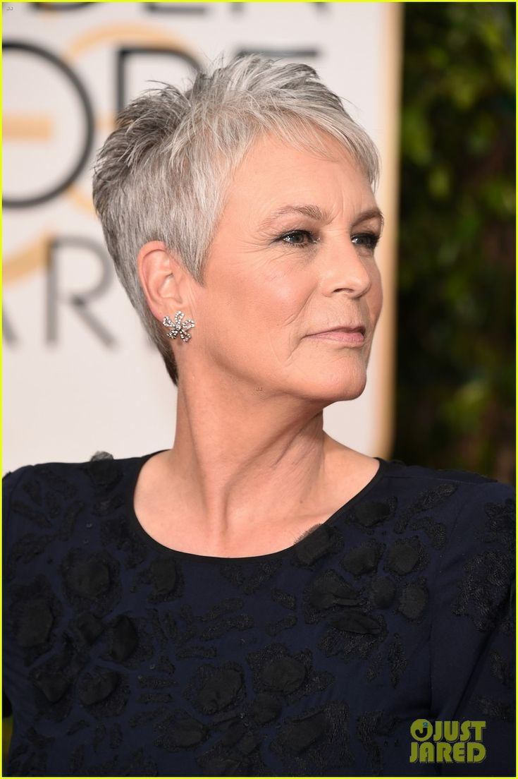 jamie lee curtis julia louis dreyfus 2016 golden globes 04