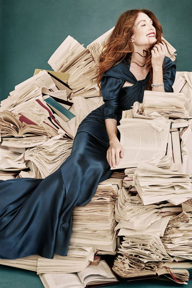 """""""The Hunger Games"""" actress Julianne Moore covers the December 2015/January 2016 issue of Town & Country magazine photographed by Victor Demarchelier."""