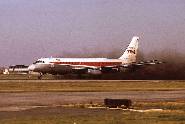 al996 | CV880 reverse thrust at ORD | George Hamlin | Flickr