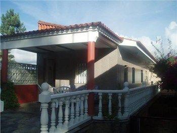 #Vivienda #Pontevedra Casa Unifamiliar en alquiler en #VilanovaDeArousa zona EL TERRON - Casa Unifamiliar en alquiler por 500€ , 4 habitaciones, 100 m², 2 baños, amueblado, con terraza, suelos de plaqueta parquet