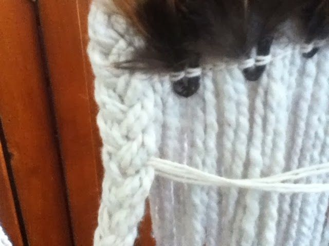 Robin Weaves Korowai - see how the plait is attached to the kakahu