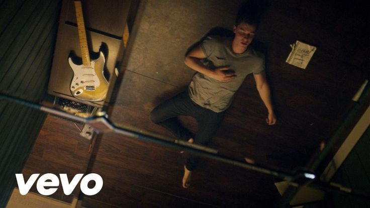 Shawn Mendes - Treat You Better - YouTube Shawn's music video for treat you better I love it!!!!