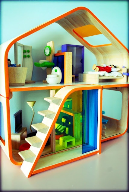 'Contemporary Dollhouse' by Plan Toys