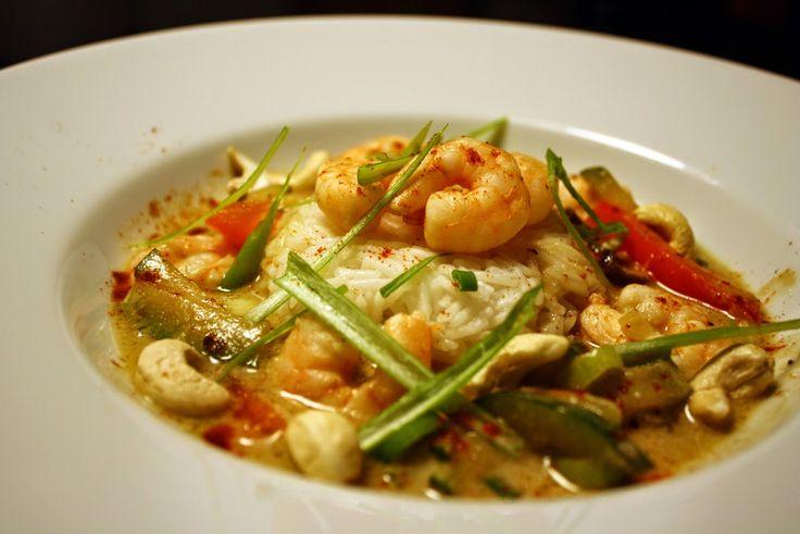 Dorits CHATEAU et CHOCOLAT | Foodblog: Leicht, lecker und Thai-Curry-Style: Garnelen in Grüner Curry-Kokos-Soße