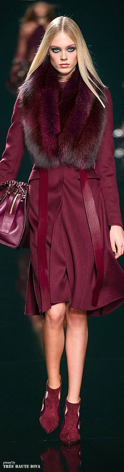 """""""Pantone Marsala Color 2015""""- this color drives me absolutely insane. Beautiful on any skin tone, truly.:"""