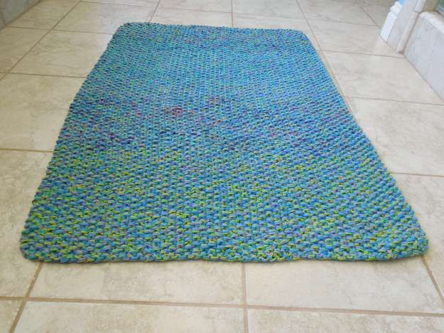 1000+ ideas about Knit Rug on Pinterest Crochet Rugs, Rag Rugs and Giant Kn...