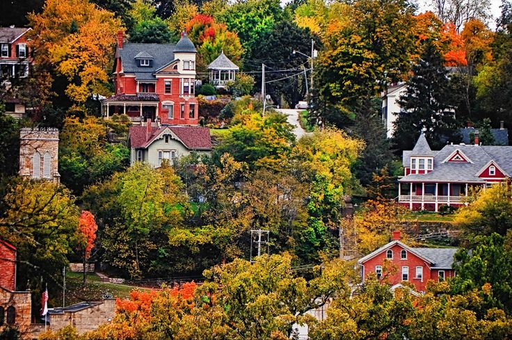 50 Most Beautiful Small Towns in America - With only a population of 3,429, #Galena counts itself as home to President Ulysses S. Grant and eight other Civil War generals.
