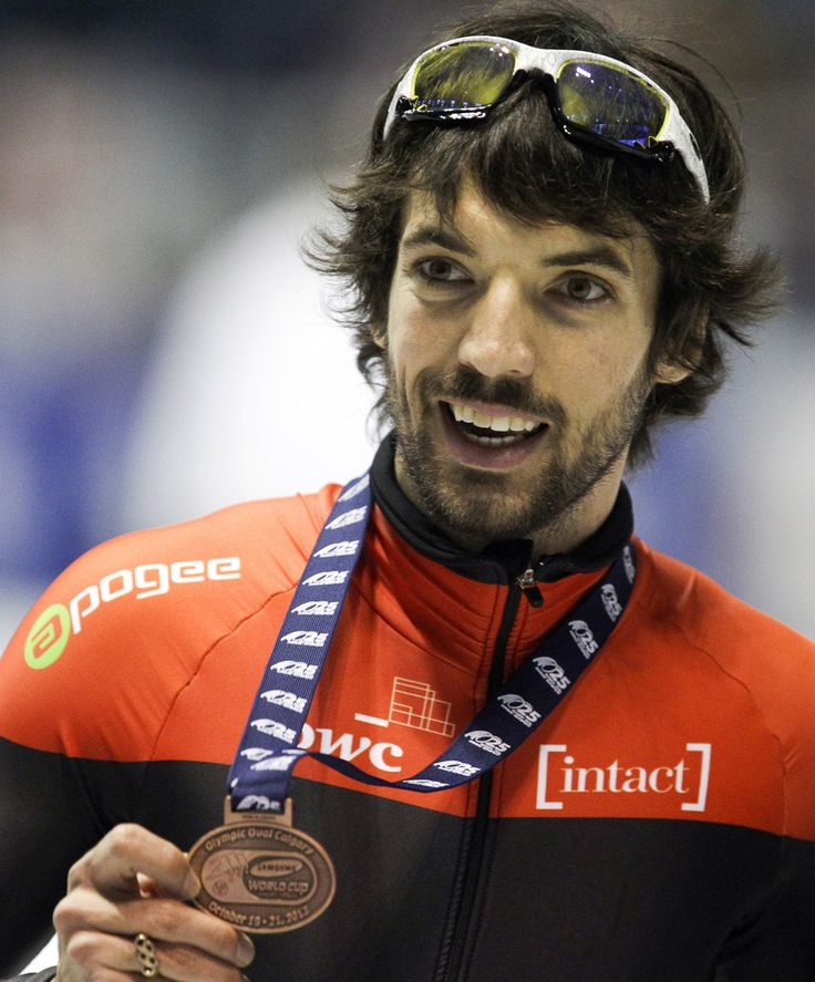 Charles Hamelin (born April 14, 1984 in Lévis, Quebec) is a Canadian short track speed skater from Sainte-Julie, Quebec. Hamelin is a 4 time Olympic medalist having won 3 gold and 1 silver during the 2006, 2010 and 2014 Winter Olympics. He is also a 2 time world champion over the 500 m distance, having won those championships in 2007 and 2009. (Wikipedia)