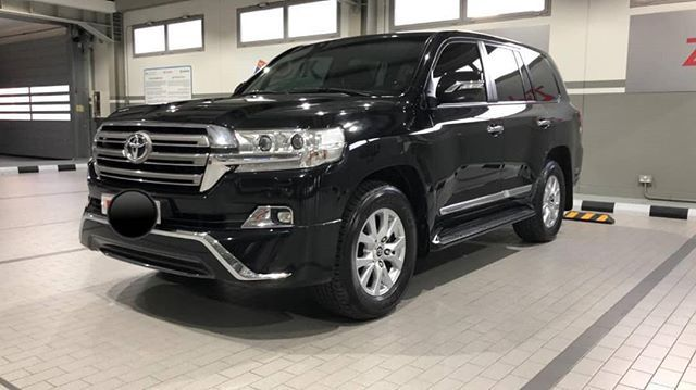 Pin By Jeancy Kiteba On Voitures Car Suv Suv Car