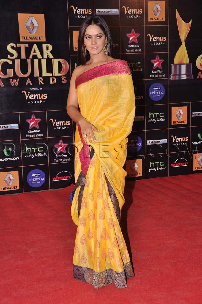 Neetu chandra in Neeta Lulla's saree - elegant