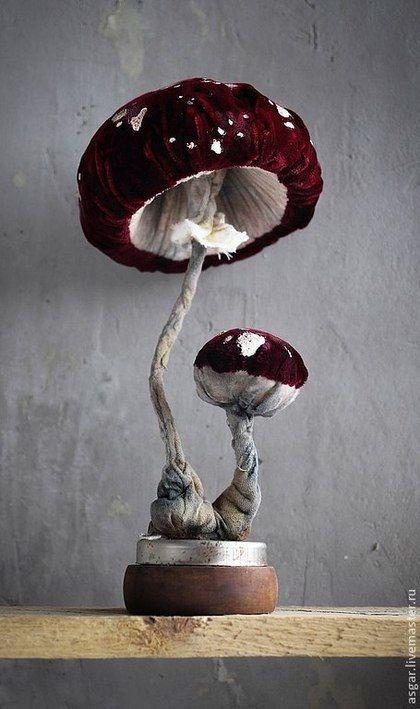 Amanita - бордовый,красный,темно-красный,серый,в горошек,мухомор,аманита Mushroom interior steampunk