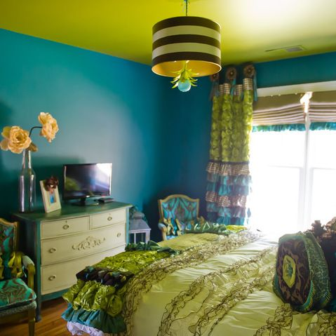 funky bedroom in chartreuse and deep turquoise with great interior