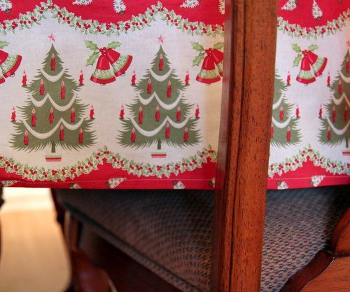 Holiday Tablecloth Tutorial - The Cottage Mama