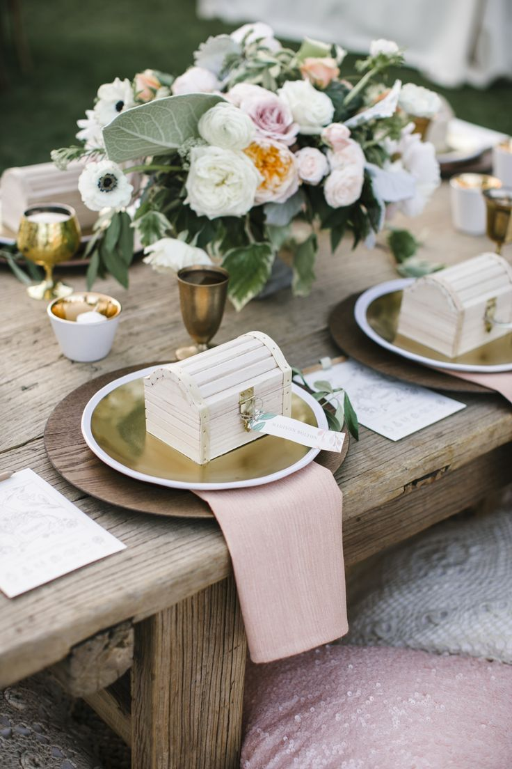 Kids' wedding treasure chest table setting