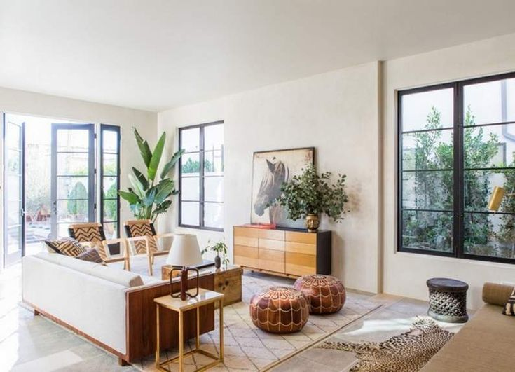 Tadelakt y madera para una casa en West Hollywood