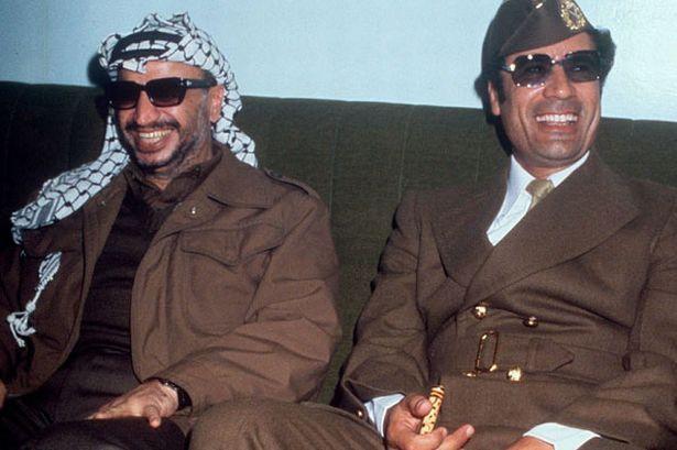 Gaddafi with Yasser arafat 1977 - Muammar Gaddafi - Wikipedia, the free encyclopedia